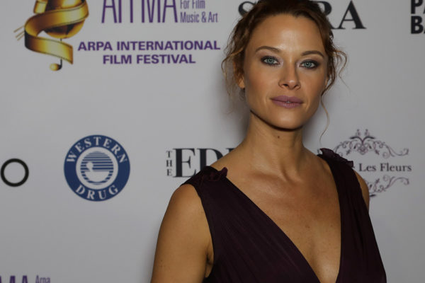 actress Scottie Thompson